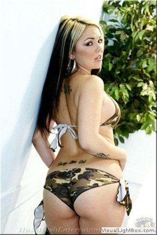 bikini Julia bond