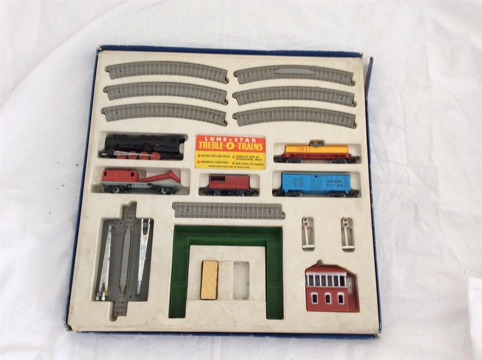 Lone star treble 0 #trains 000 n guage diecast #rolling stock #track set,  View more on the LINK: 	http://www.zeppy.io/product/gb/2/351800939690/