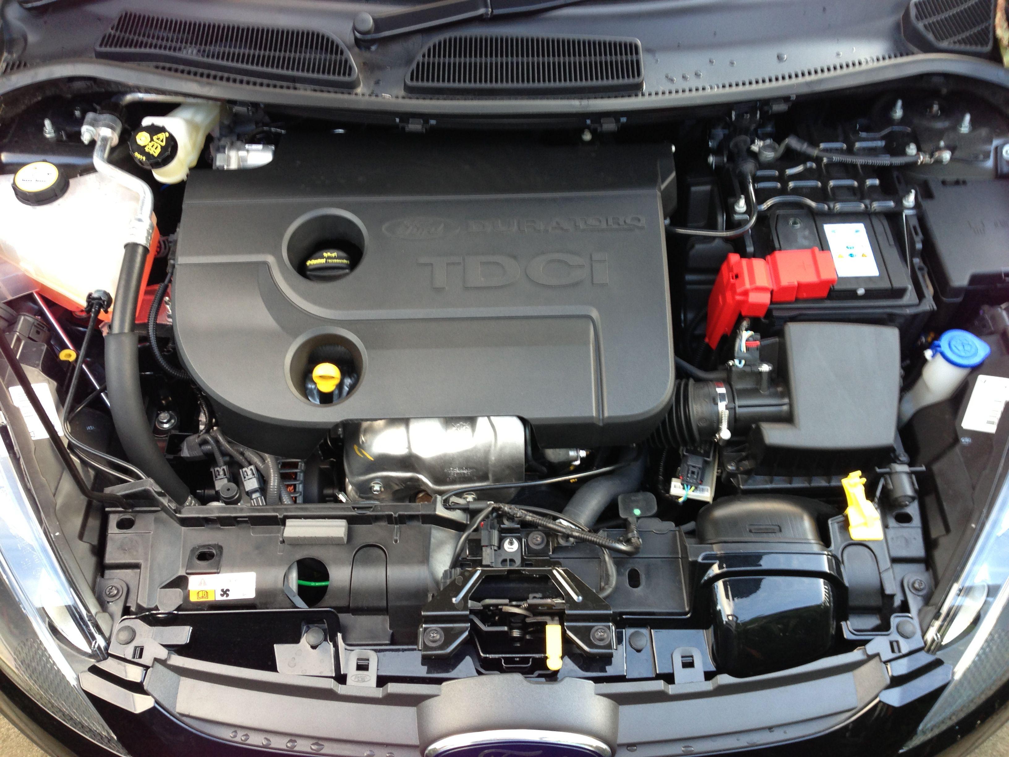 Ford fiesta tdci engine bay