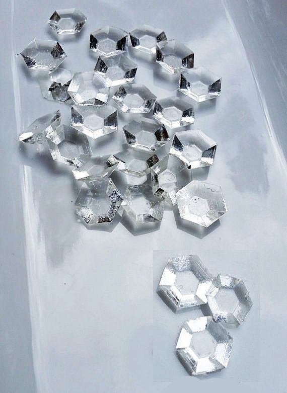 Edible Sugar Clear Diamonds Gems Jewels for cake decoration