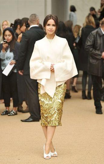 Miroslava Duma em burberry | Idéias de moda, Burberry