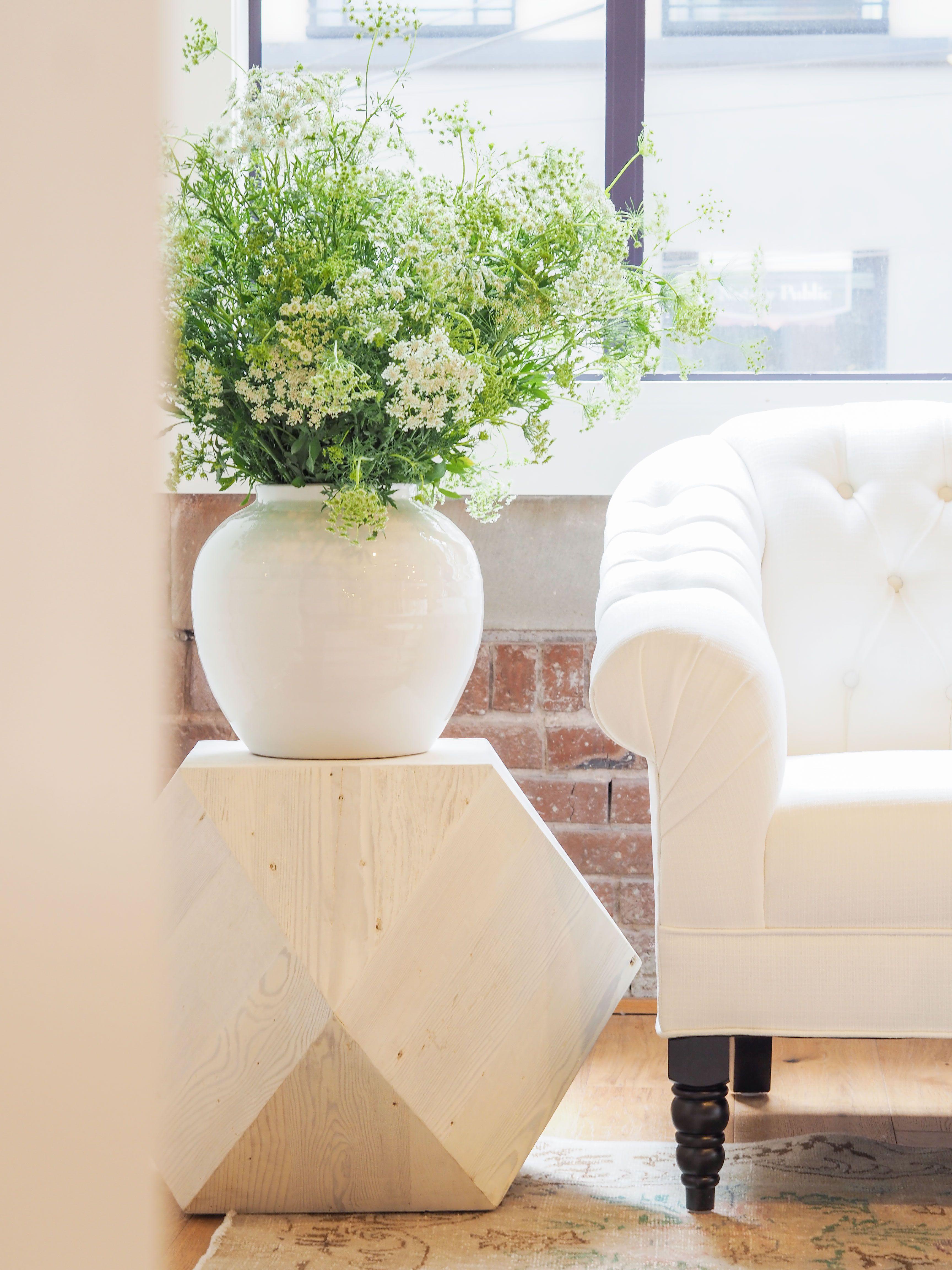 Tufted sofa white style home house chic interiordesign love