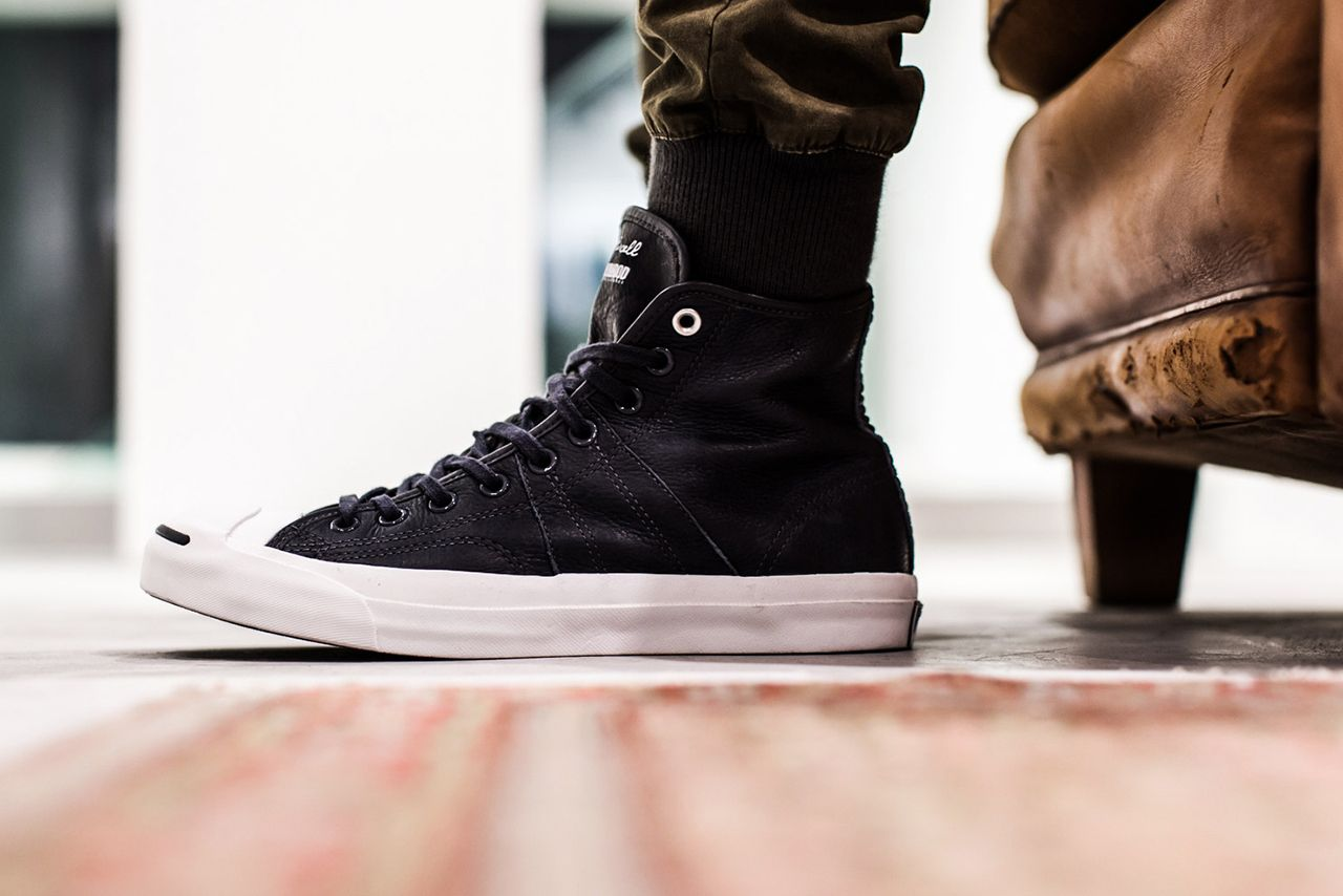 A Closer Look at the NEIGHBORHOOD x Converse First String 2013 Holiday  Collection