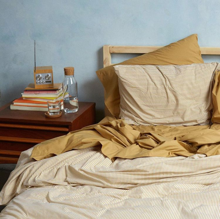 Where To Buy The Most Comfortable Bedding Online From Brooklinen To Buffy Instyle Bed Comforters Most Comfortable Bed Brooklinen Bedding