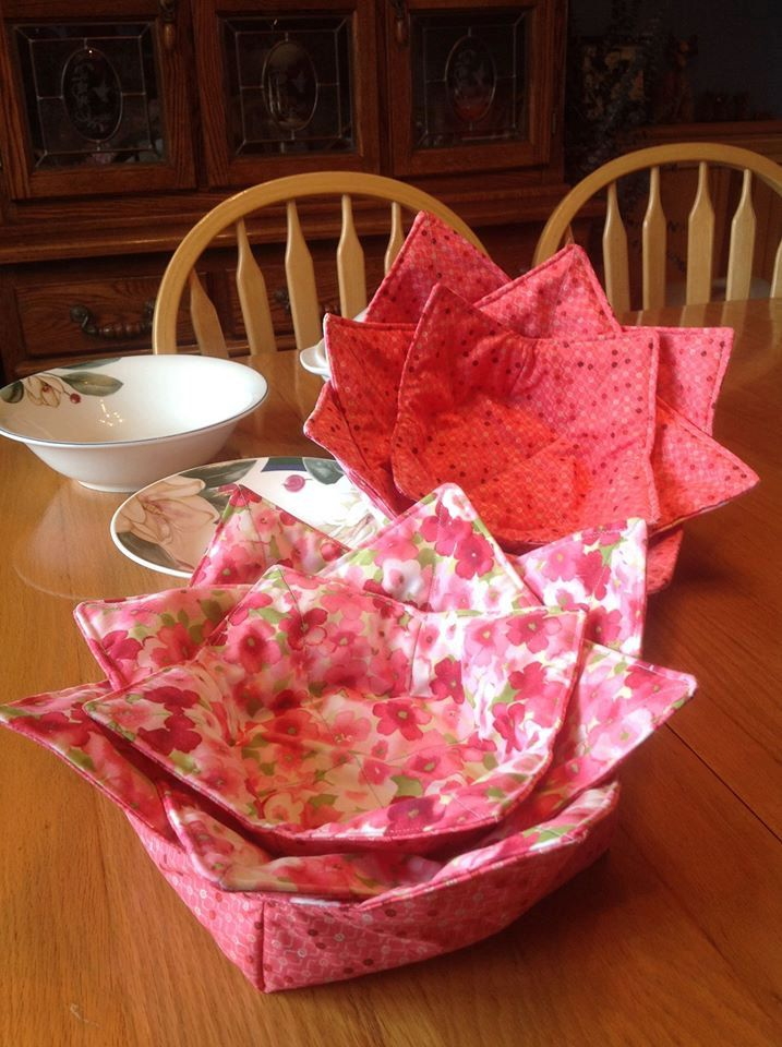 Microwave Bowl Cozy Set of 3 contains one each X-Lg, Large and Medium size Reversible Bowl Cozy by BeverlyJaneCreations on Etsy