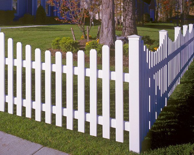 scalloped, rounded pickets, post caps    When mulling over back garden fencing ideas you will need to consider a straightforward question. So why can you look it really is desired by you? May be the garden fencing for security, privacy of your property, could it be a lawn equipment or for attractive needs or in fact shelter solely. This... #Bufftech #Concave #Fence #fence backyard #fence decor ideas #fence design #fence diy #fence ideas #fence ideas for dogs #sections #Top #Vinyl #Yorkshire