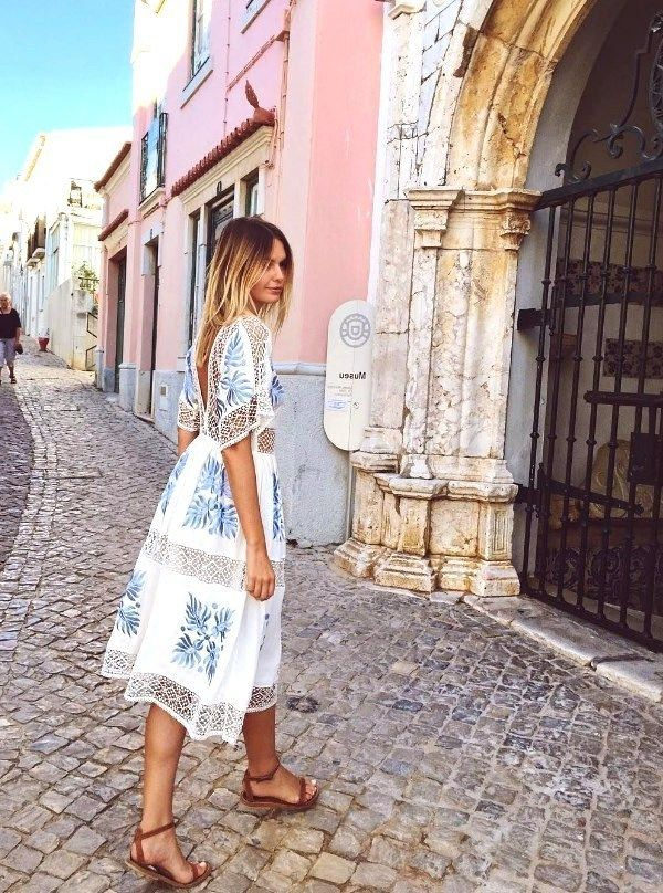 22 Best Summer Vacation Outfits to Perfect Your Travel Style -