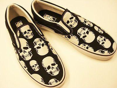 Vans-Classic-Slip-On-Multi-Skull-Black-True-White-Size-Women-US-9-Men-US-7-5 c670e87bd