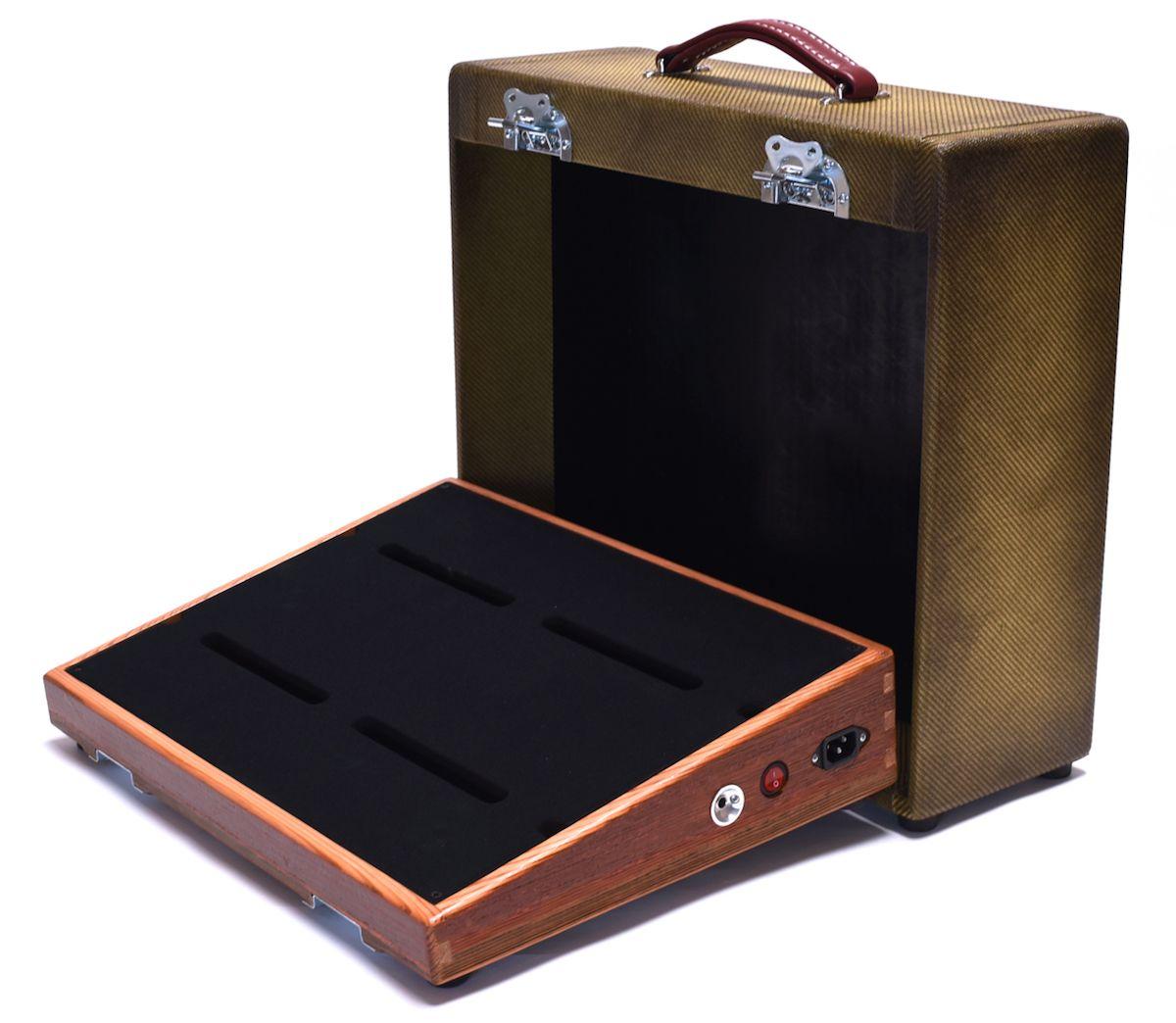 salvage custom 18 x 13 barn wood pedalboard with zombie tweed case guitars pinterest. Black Bedroom Furniture Sets. Home Design Ideas