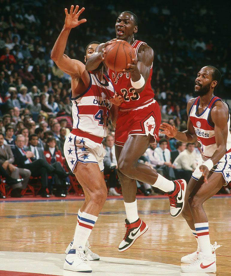 Chaque Air Jordan Michael Jordan Portait 23
