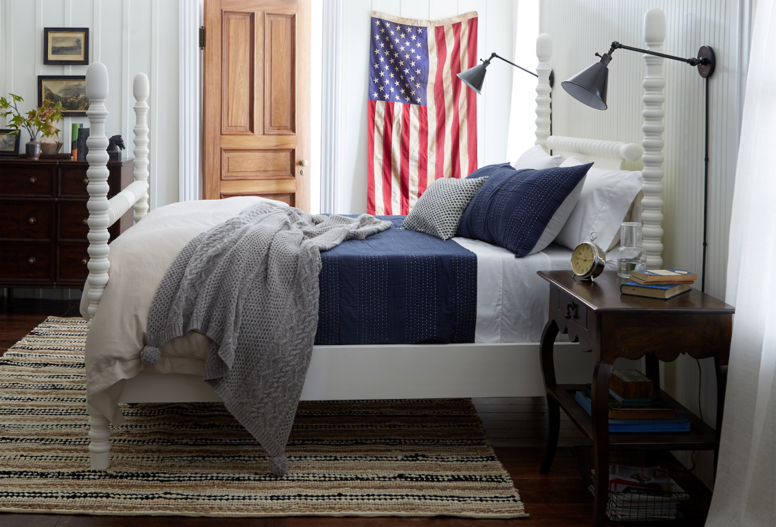 A Cozy And Casual Gender Neutral Bedroom Design Red Boys