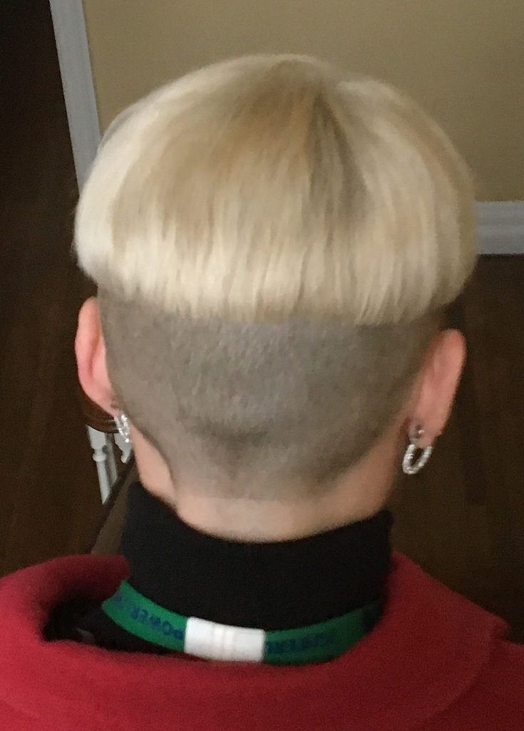 Blonde two tone shaved nape bowlcut with turtleneck and ...