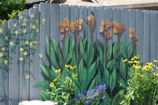 fence murals--how cool! no watering needed!