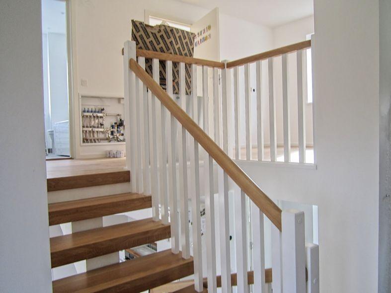 Balustrada prosta biała schody i poręcze balkon balustrady: balkonowe balustrady drewniane ...