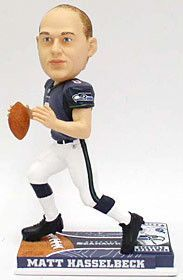 4b7d6c69bff Seattle Seahawks Matt Hasselbeck Forever Collectibles On Field Bobble Head