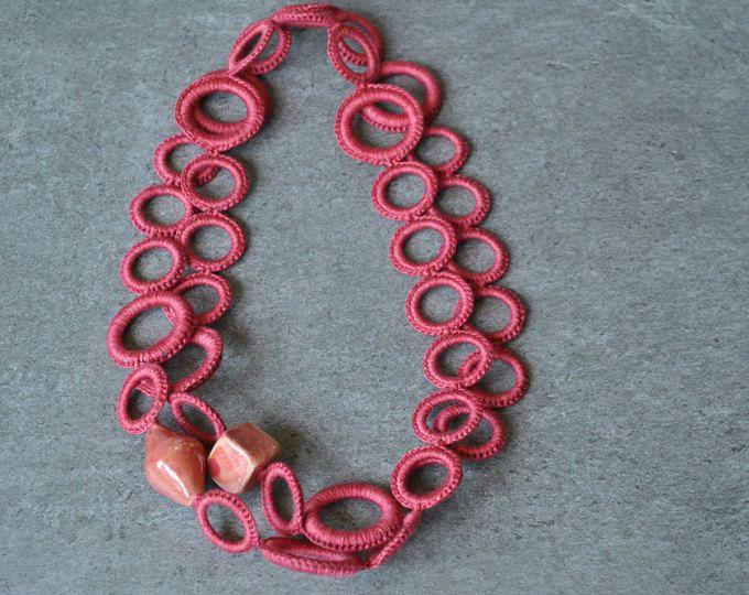 Acquista i più venduti trova il prezzo più basso nuovi prodotti caldi Collana uncinetto corallo in cotone e perle in ceramica ...