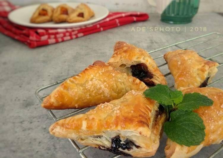 Resep Puff Pastry Isi Pisang Coklat Oleh Made Utami Ade Skitchen Resep Puff Pastry Pastry Coklat