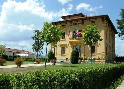 Barga Lucca Italy Barga hotels Villa Moorings hotel