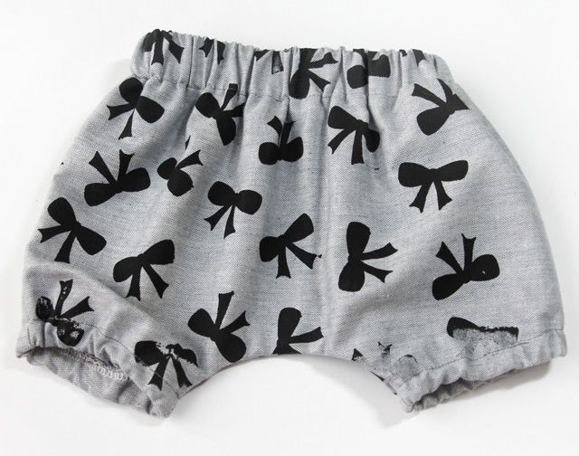 FREE PATTERN! baby bloomers | Shorts nähen, Baby shorts und Shorts