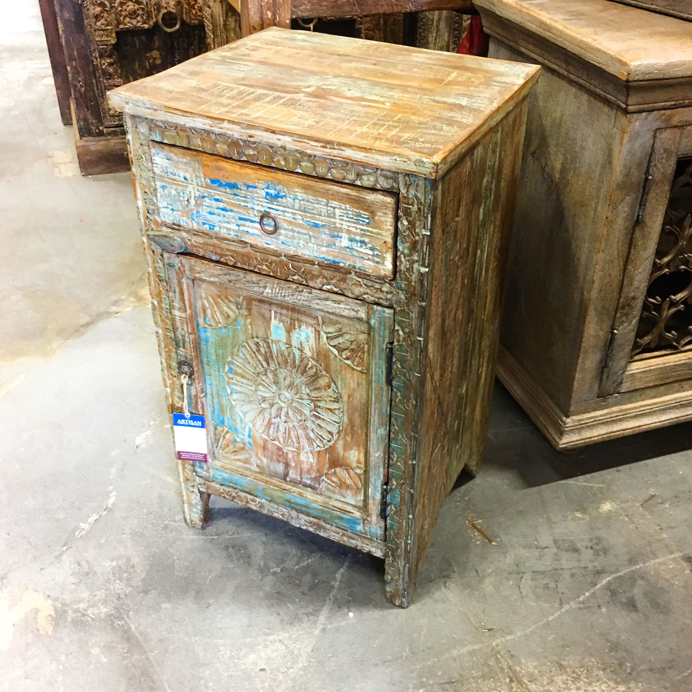 Distressed Reclaimed Wood Nightstand Item 712907 Measures 18x16x31 High 199 Each Miamifurniture Furniture Furnituremiami