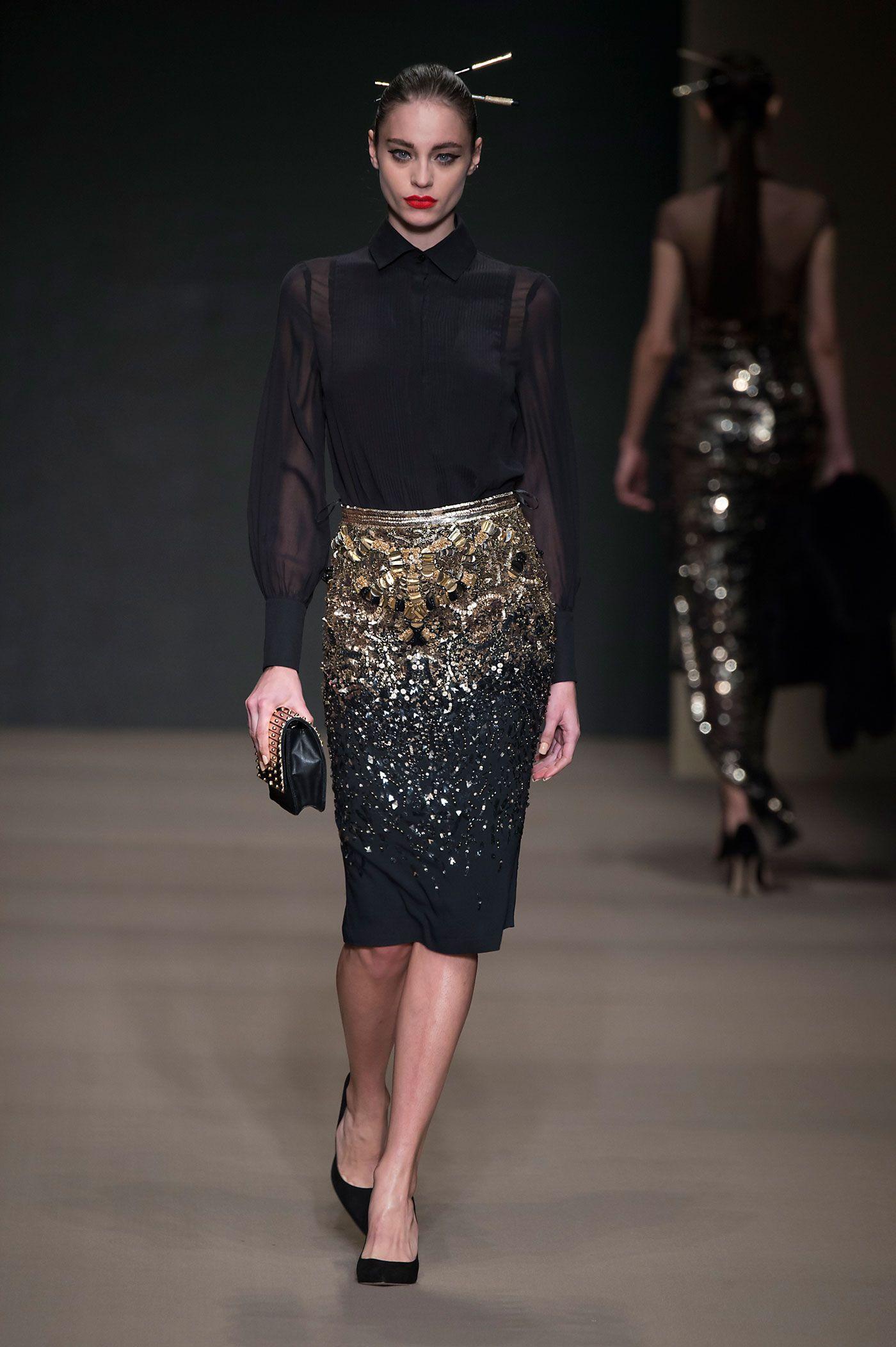 http://www.elisabettafranchi.it/index.php/gallery/look-49-fashion-show-fw-15/