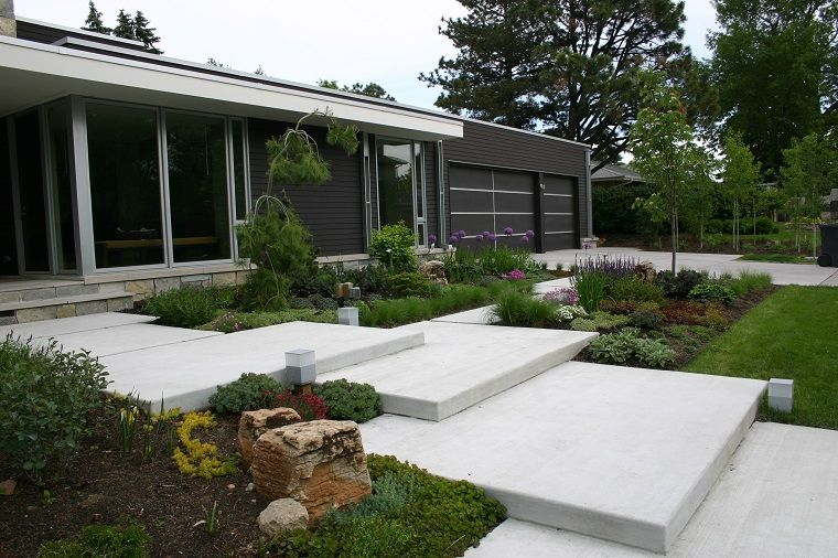 Arquitectura y dise o de jardines modernos gran escalera for Jardines disenos exteriores