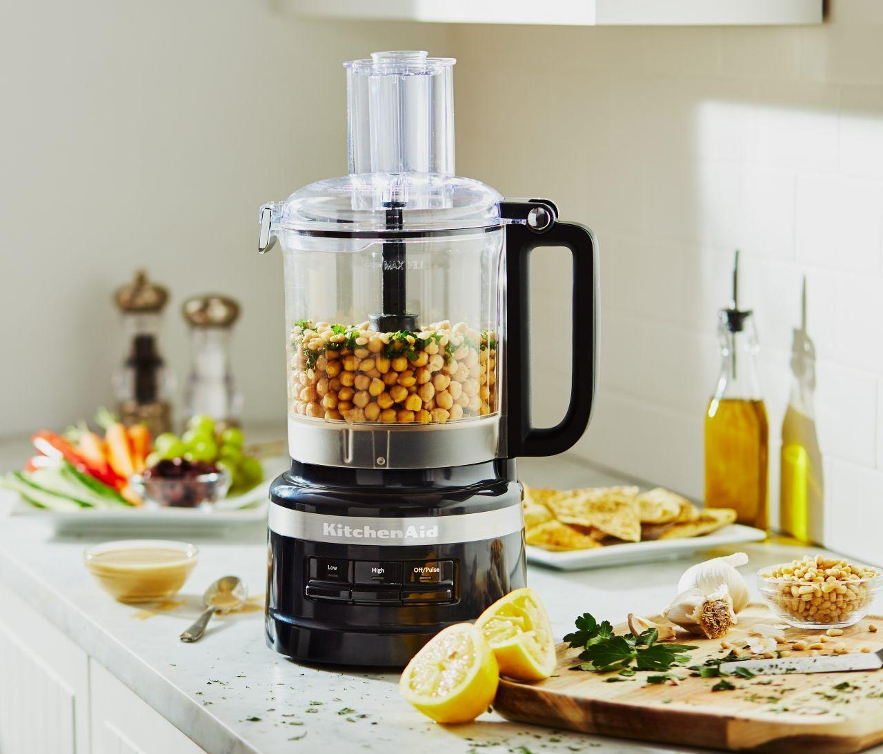 A 9 cup food processor