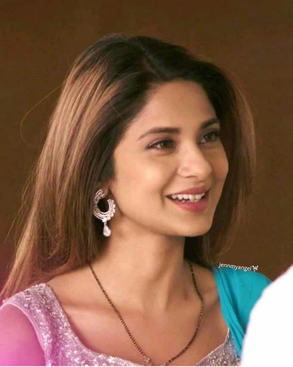 Pin By Khoobsurat Zindagixf On Jenny Most Beautiful Indian Actress Jennifer Winget Beautiful Indian Actress