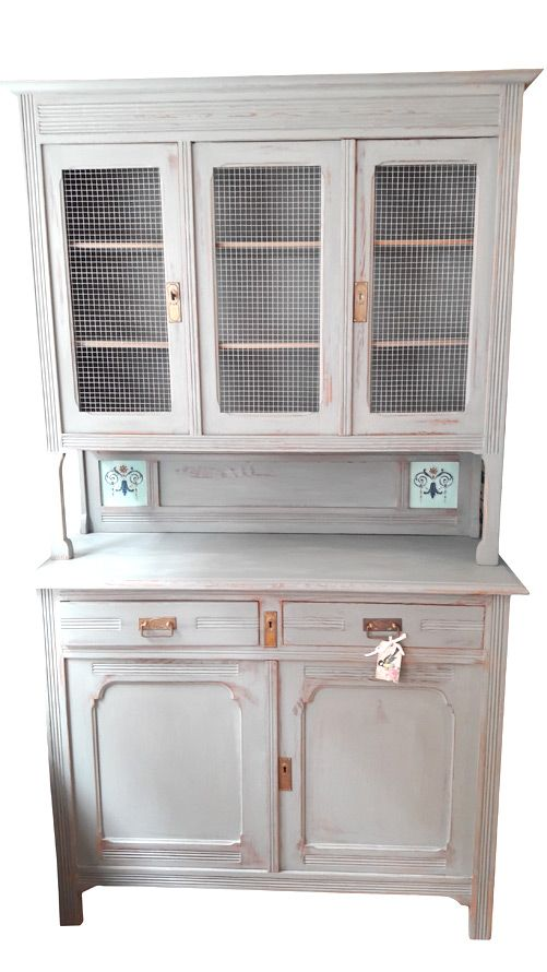buffet schrank mit kreidefarbe annie sloan chalk paint gestrichen kreidefarbe diy m bel. Black Bedroom Furniture Sets. Home Design Ideas