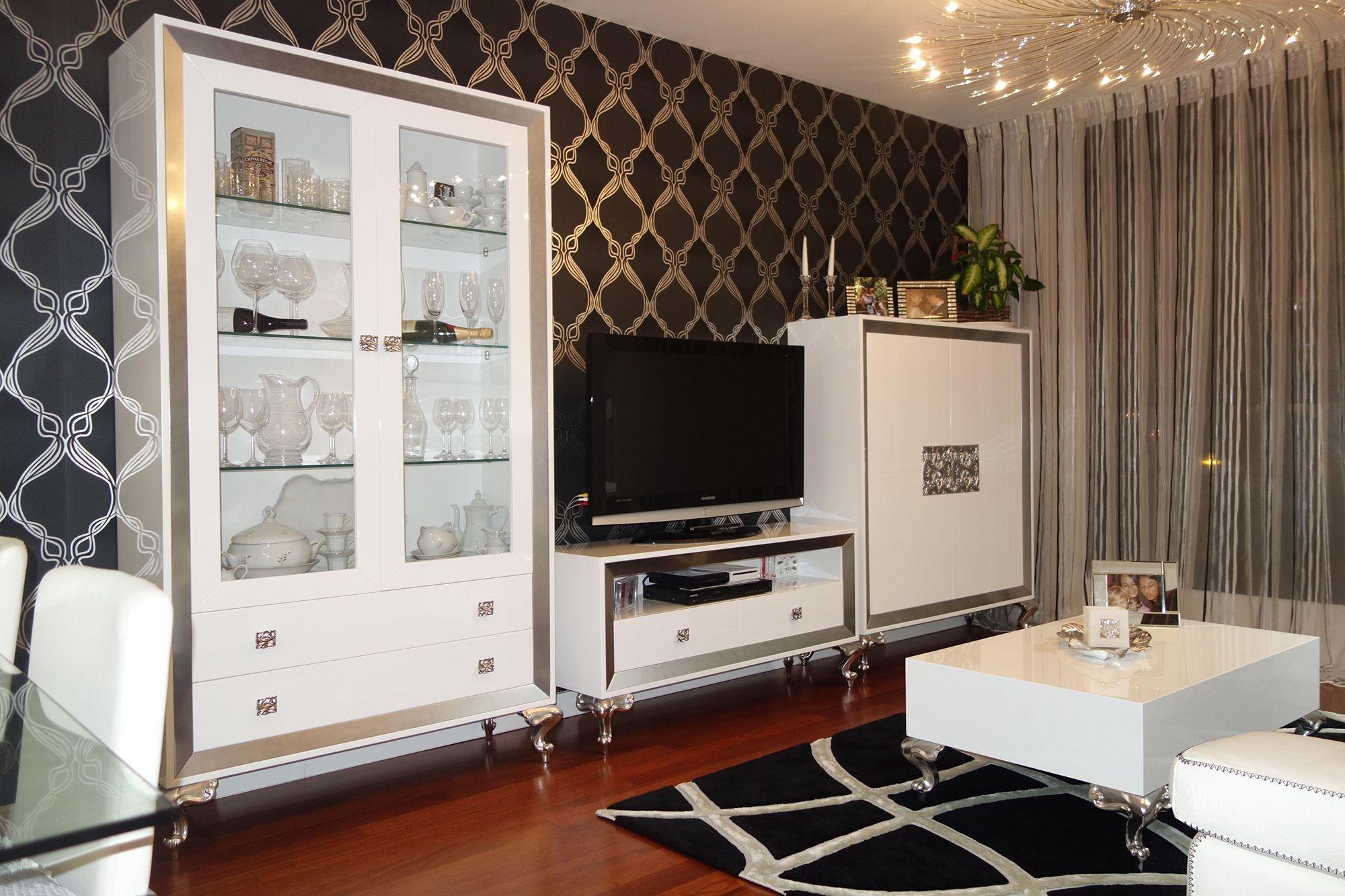 Mueble sal n lacado en blanco y plata villalba for Mueble salon lacado blanco