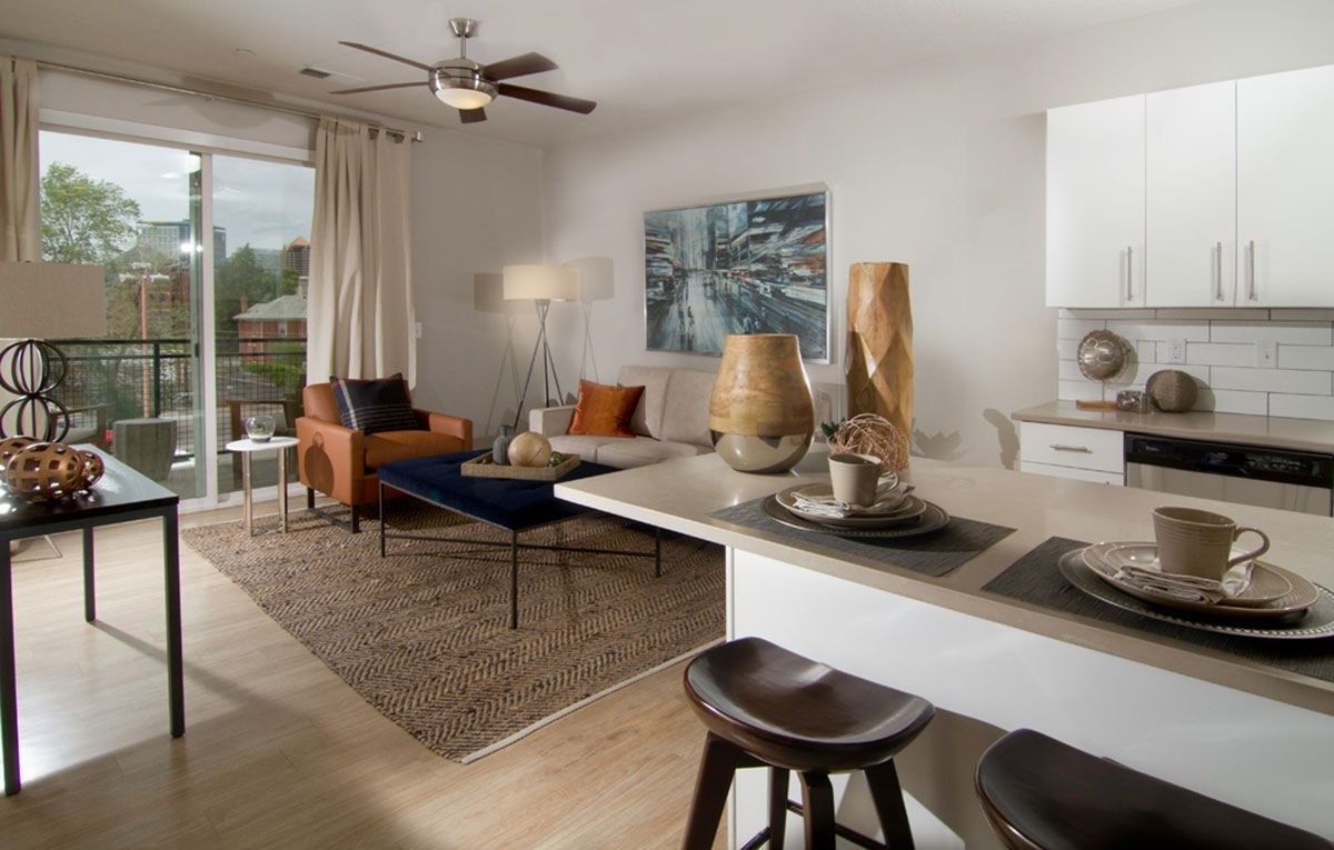 Luxury Living Never Looked So Good Come And Tour Encore Apartments In Salt Lake City Ut You Will Love What Yo Salt Lake City Salt Lake City Ut Luxury Living