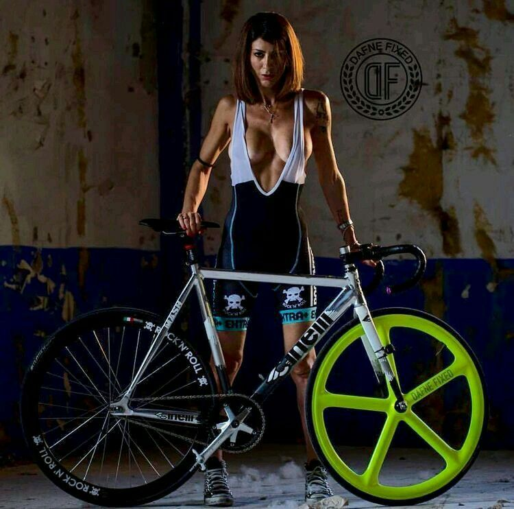 Pin By Mark Byrne On Bicycle Art And Posters Female Cyclist