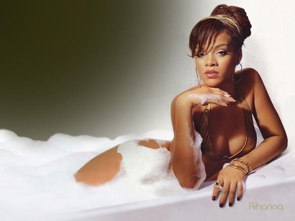 Jennifer Lawrence Sheer Rihanna ¿lesbiana...