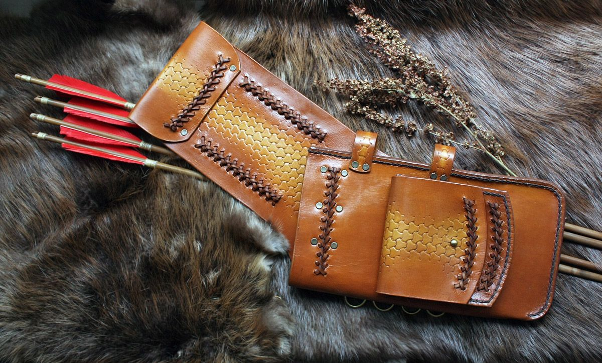 """Field-quiwer """"Altai"""". Hand made. Natural vegetable taned ..."""