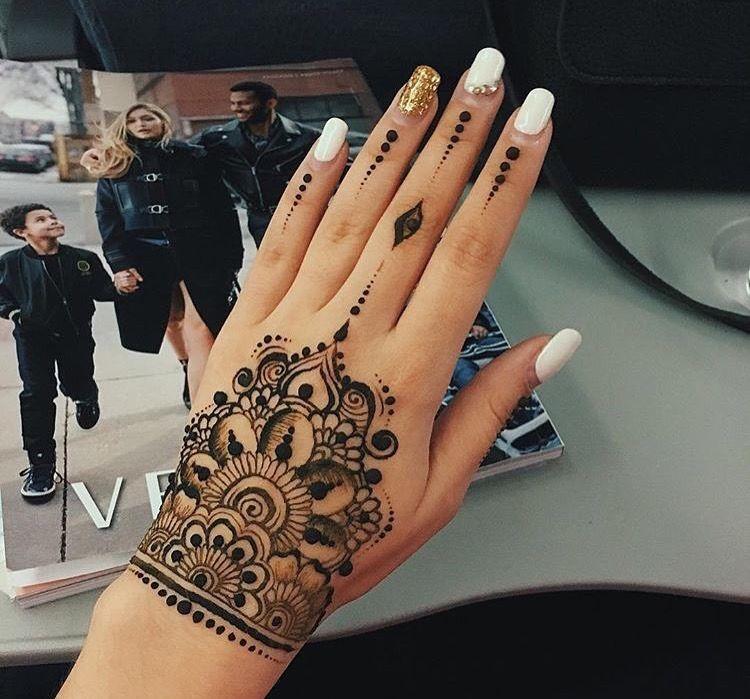 Pin by Deemah Khaled on Henna   Henna tattoo designs, Henna tattoo, Henna