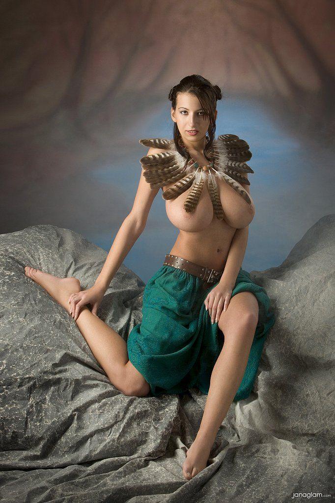 Maria Swan Nude 60