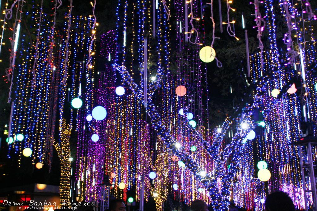 f12bd0f8ce27693d1a1511ebbe0075a6 - Ayala Triangle Gardens Lights & Sounds Show Schedule