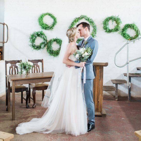 A Romance Of Wedding With Simple But Beautiful Details And Home