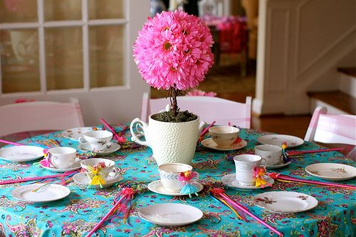 cannot wait til she is old enough to want this.  fairy tea party.  adore.