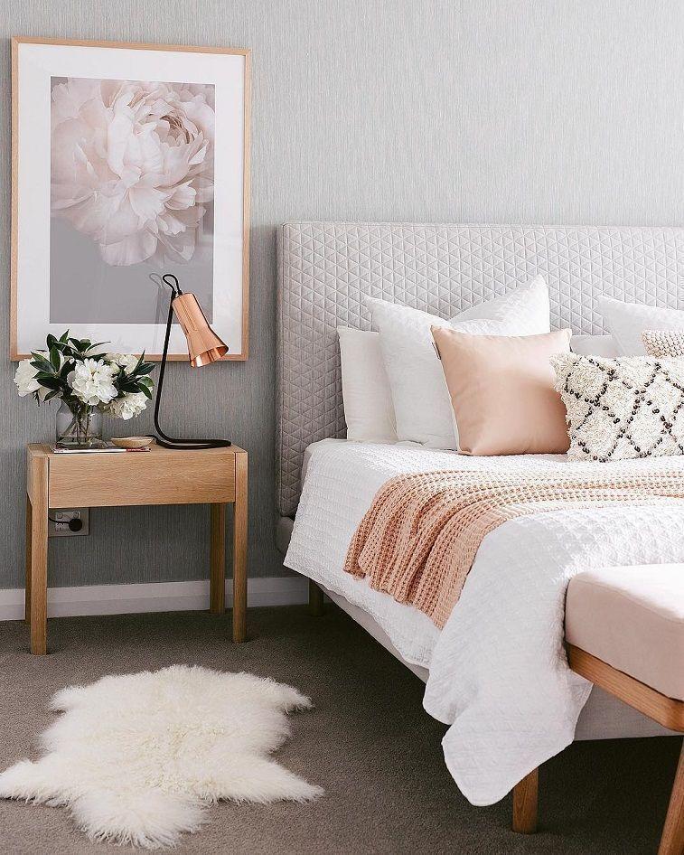 Bedroom Design Ideas Bedroom Decor Ideas Grey And Pink Bedroom Bedroomdecoratingideas Apartment Bedroom Decor Small Apartment Bedrooms Home Decor Bedroom