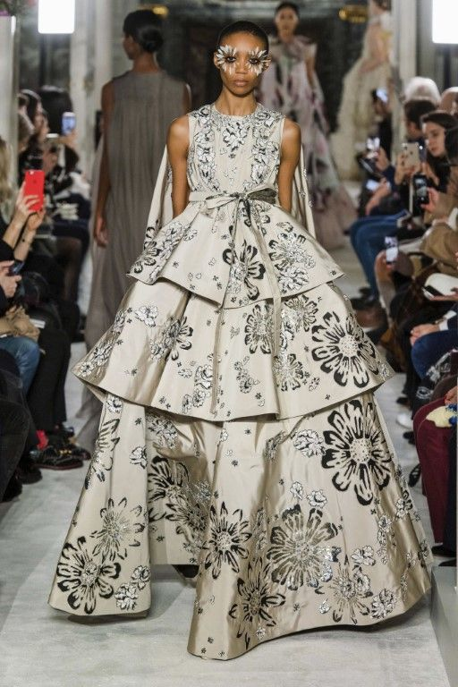Valentino Spring Summer 2019 Haute Couture Collection – Paris