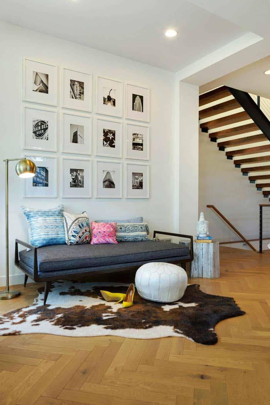 Beautiful Modern Home In Minnesota With Scandinavian Influences Beautiful Modern Homes Gallery Wall Decor Interior Design