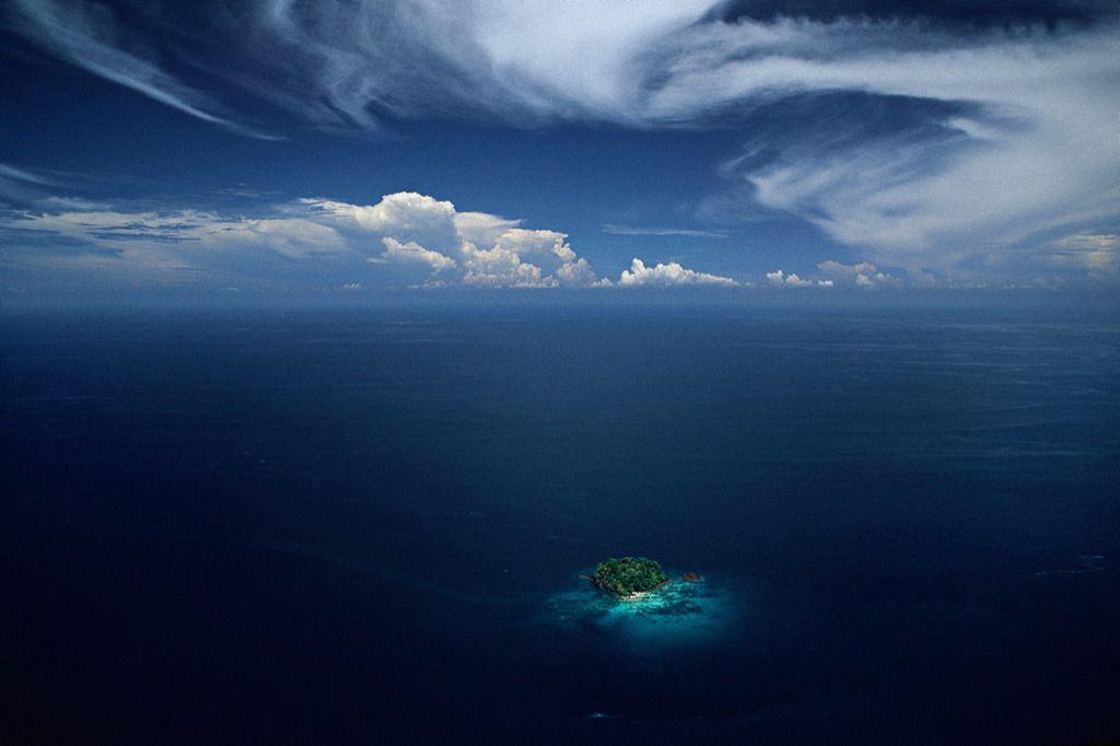 Islet in the Sulu archipelago, Philippines. Source: YannArthusBertrand.org