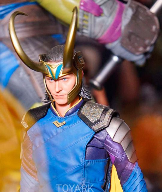 SDCC 2017: Hot Toys Thor: Ragnarok Loki  Source