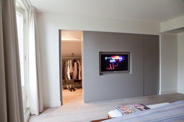 Slaapkamer met inloopkast (maar zo\'n tv wil ik niet) | #bedroom ...