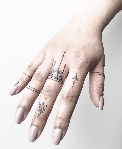 Tattoo Designs Hand Ring: 38 Super Cute Finger Tattoos