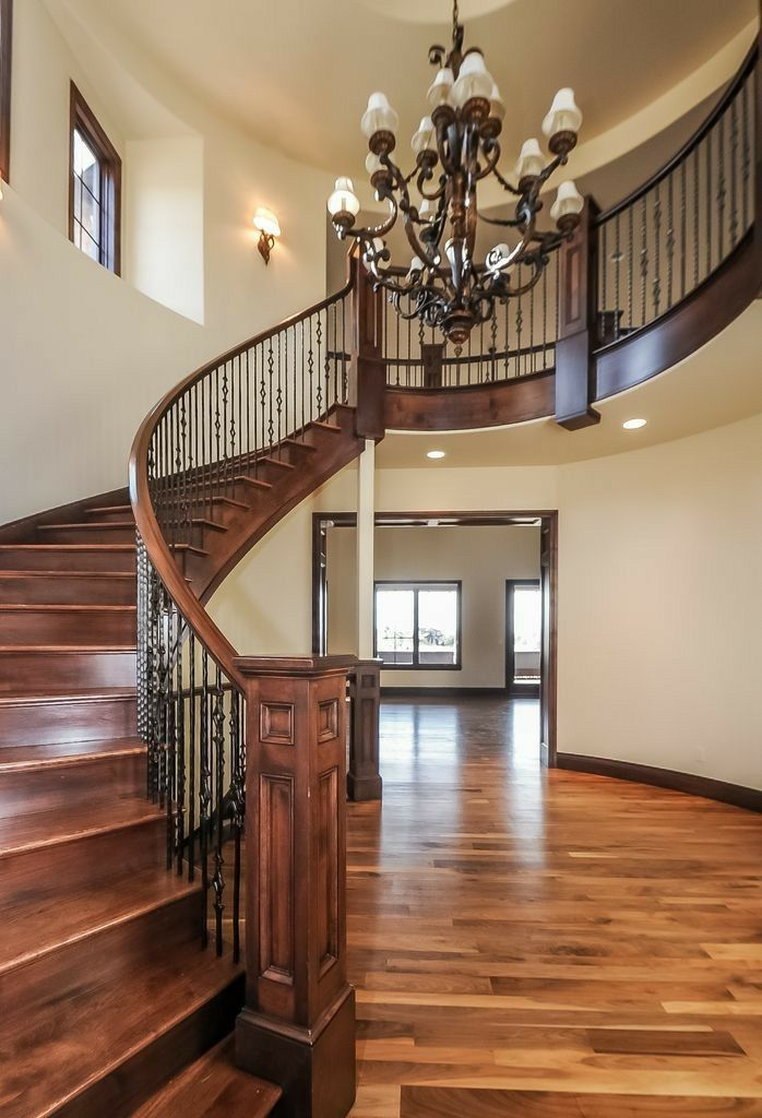 Best Pin By Betty Kennedy On Doors And Entryway Golden Oak 400 x 300