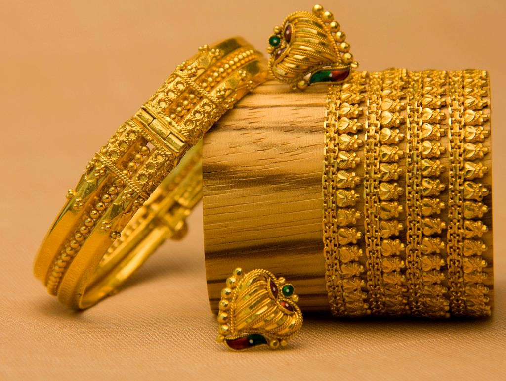 Indian Ethnic Jewellery Desktop Wallpapers | gold as tradition ...