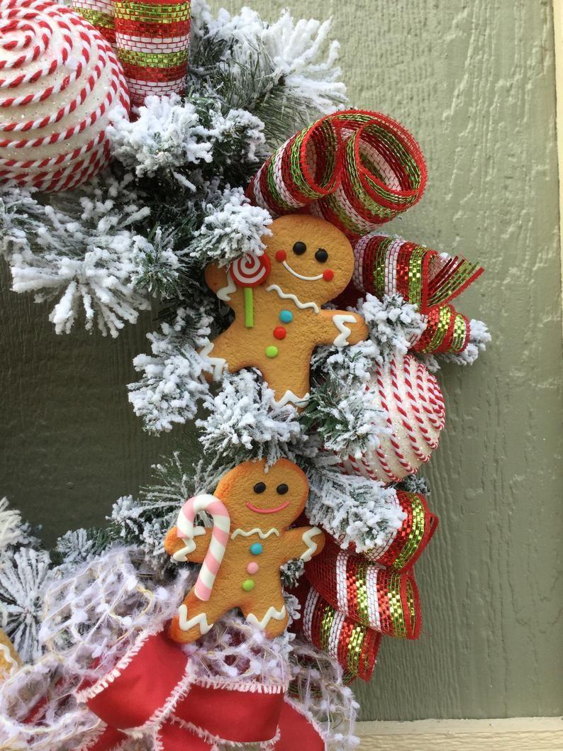 Christmas Gingerbread Men Bakers Wreath Etsy In 2020 Christmas Wreaths Christmas Mesh Wreaths Candy Christmas Tree