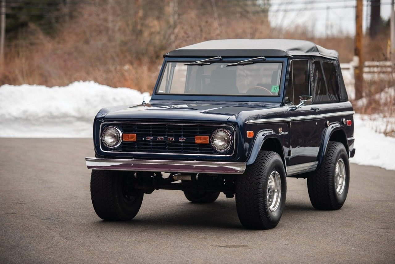 1975 ford bronco custom men s gear ford bronco ford classic cars classic ford broncos pinterest